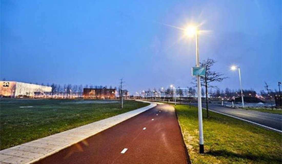 Lichtniveau lantaarns regelen via app